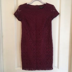 Banana republic burgundy lace dress size 0